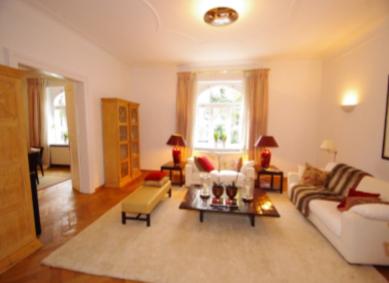 Altbau-Wohnung in Bestlage Schwabing