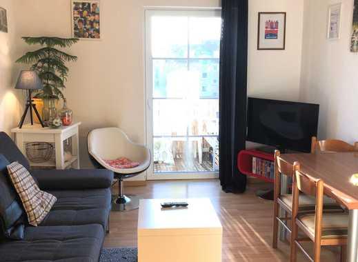 Gemütliche 2-Raum-Wohnung mit Balkon und EBK