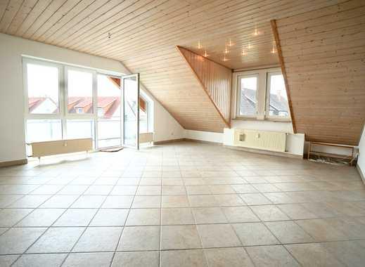 VERKAUFT: Reichenau: Helle, freundliche 3-Zi.-DG-Wohnung mit EBK, Süd-Balkon und TG-Stellplatz