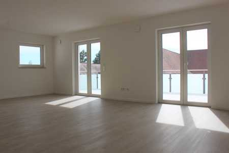 Erstklassige 4 ZKB- Wohnung mit großer Terrasse und Superausblick ! WG geeignet ! in Beilngries