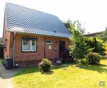 Einfamilienhaus plus freiem Baugrundstück - Osterrönfeld