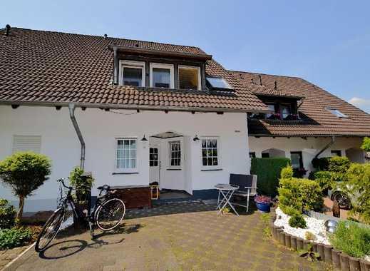 In Bestlage! Viel Platz für die Familie im Haus und Garten! Modernes schickes Doppelhaus!