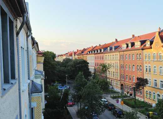 Erstbezug mit Balkon in der Auenstrasse, nahe Nordpark, Uni und Klinikum