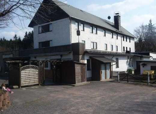 Hotel mit Gastronomie und zwei separaten Bettenhäusern in gut besuchter Lage