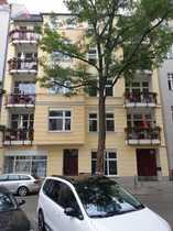 Helle 4-Zimmer-DG-Wohnung mit Balkon Terrasse