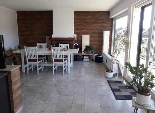 Schöne 3-Zimmer-Wohnung mit EBK, Kamin und Balkon in Dellbrück, Köln