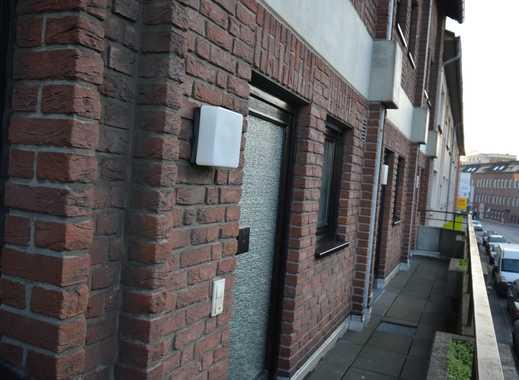 Helle 3-Zimmer-Maisonette-Wohnung mit 2 Balkonen , Haus im Haus