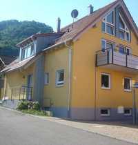 Gepflegte 4 5-Zimmer-Maisonette-Wohnung mit Balkon