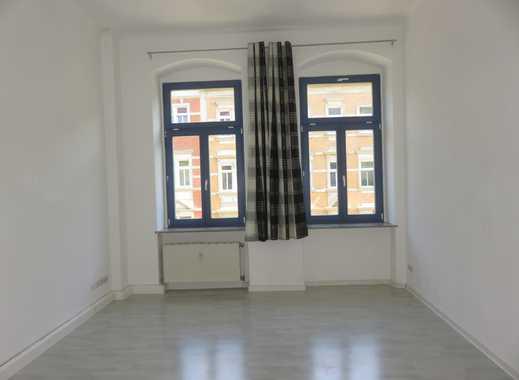Modernisierte 2-Zimmer-Wohnung mit Balkon und EBK in Dresden