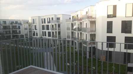 Exklusive, neuwertige 2-Zimmer-Wohnung mit Balkon und Einbauküche in Nürnberg in Thon