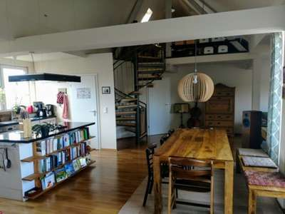 Exklusive Dachgeschoss-Maisonettewohnung im Nibelungenviertel in