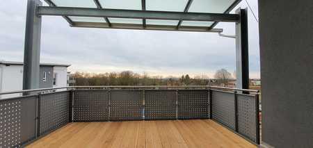 ...Penthouse - Neubau-2-Zimmer-Wohnung mit EBK und großem Balkon... in Mühldorf am Inn