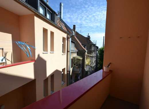 TOP 2 Zi-Whg. mit Wohnküche, hochwertiger EBK, Wannenbad & Balkon, 4. OG im Herzen von D`dorf-Bilk!