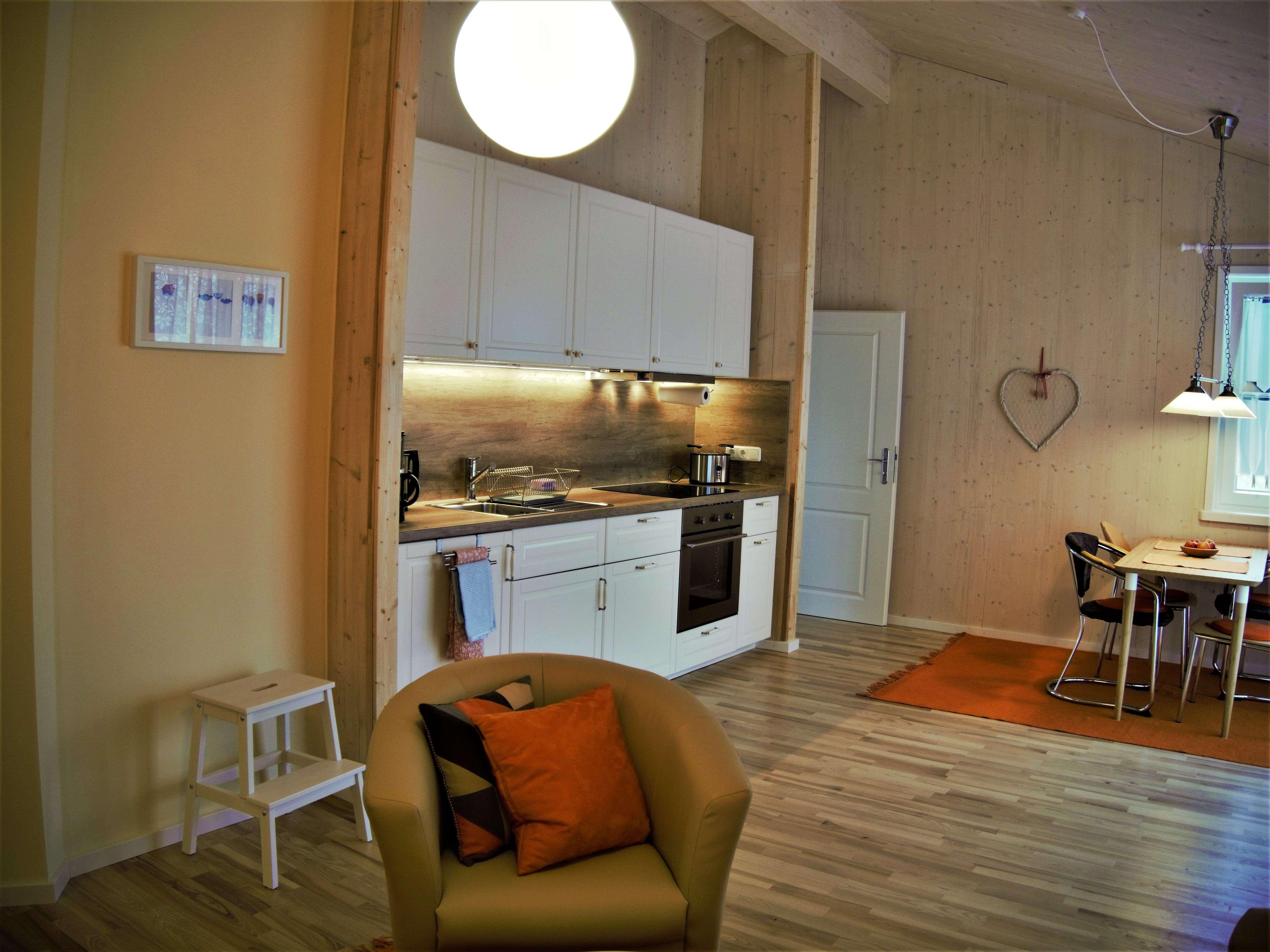 Wohnung auf Zeit, komplett eingerichtet, 3 Zimmer in