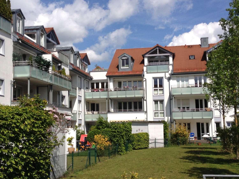 Tolle 2 Zi.-Whg. in Ismaning, EBK, Balkon, Nähe S-Bahn, Garage