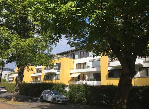 Hell und offen gestaltetes Penthouse im Herz des Stadtwaldviertel Junkersdorf