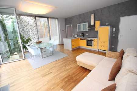 Zentrale und möblierte Loft-Wohnung gut geeignet für Wochenendheimfahrer! in Nikola