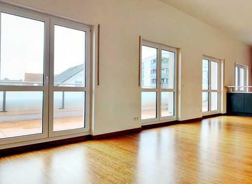 Neuwertige Penthouse-Wohnung in Top Lage für den Weitblick