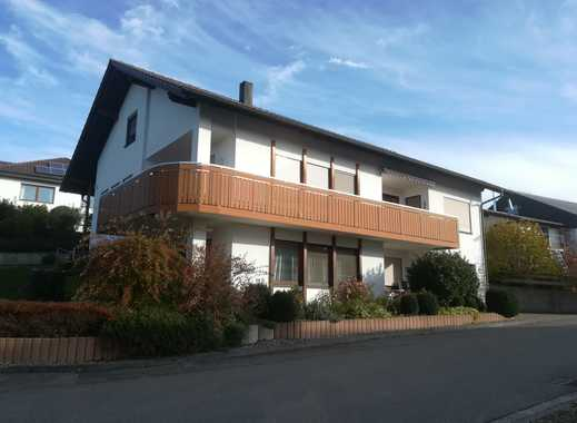 sonnige 4-Zimmer-Wohnung mit Balkon und Einbauküche in Schemmerhofen