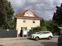 PROVISIONSFREI 2-Zimmer-Dachgeschosswohnung in zentraler Lage