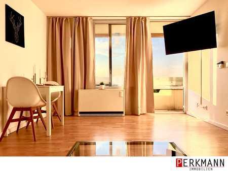 Moderne möblierte 2 Zimmer Wohnung mit Blick über München frei ab sofort in Bogenhausen (München)