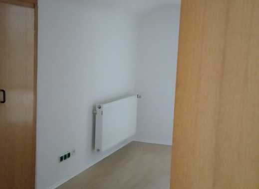 Schöne, geräumige zwei Zimmer Wohnung in Neuss (Rhein-Kreis), Neuss Weckhoven