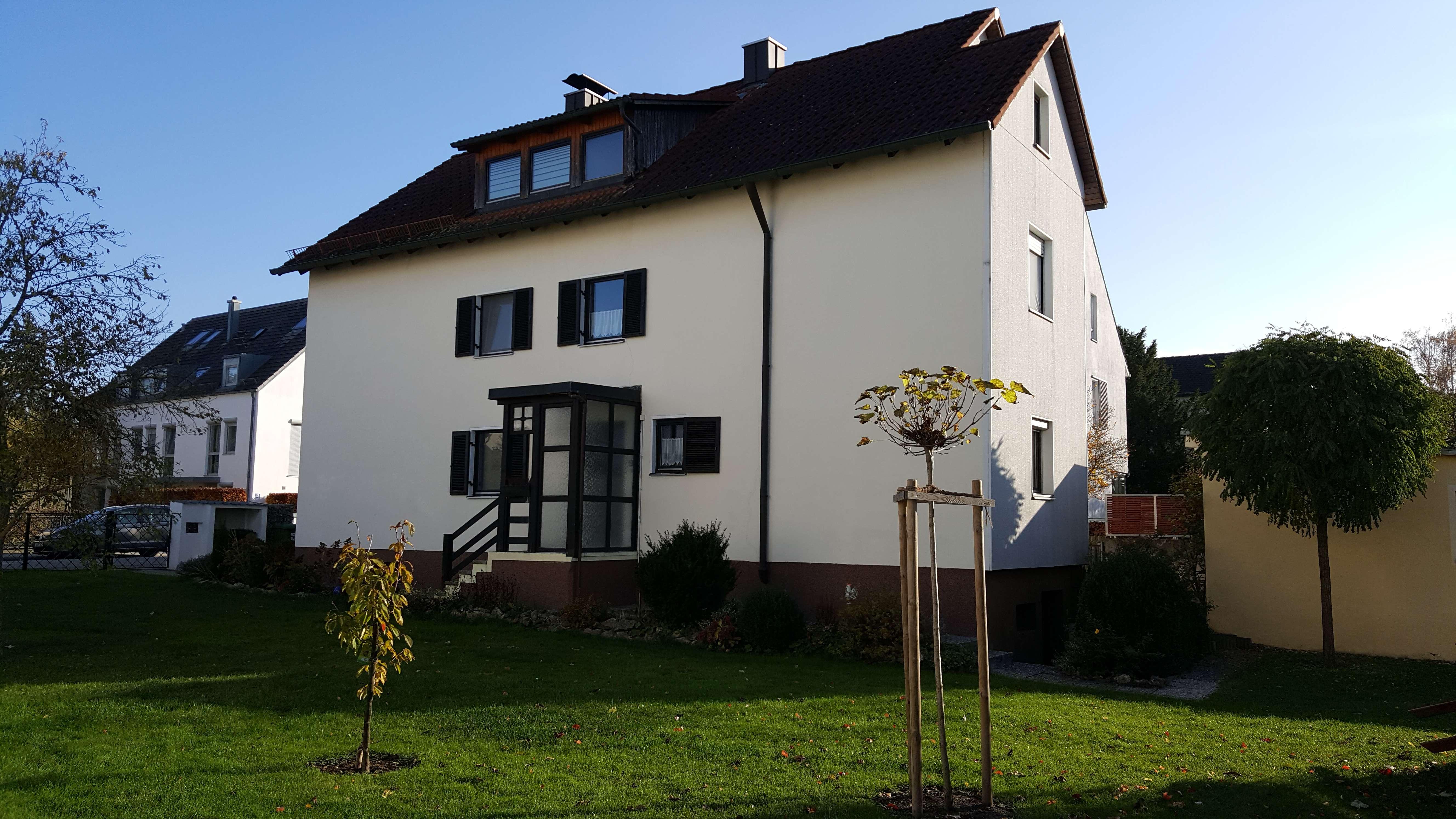 Wohnung in Top Lage - renovierte 4-Zimmer-EG-Wohnung im Regensburger Westen in Westenviertel (Regensburg)
