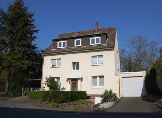 Wunderschönes 3-Familienhaus, direkt am Strunder Bach, zu verkaufen!