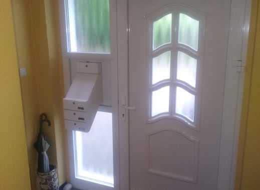 Attraktive Dreizimmer- Wohnung mit Tageslichtbad und tollem Ausblick in SG Gräfrath
