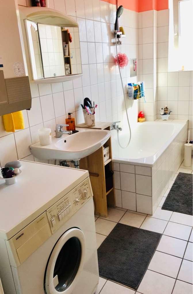 Helle WG-geeignete 2-Zimmer-Wohnung in Würzburg-Sanderau mit großer Abstellkammer