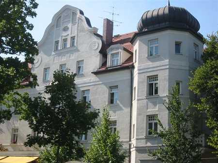 Großzügige Altbauwohnung in Nymphenburg/Gern in Neuhausen (München)