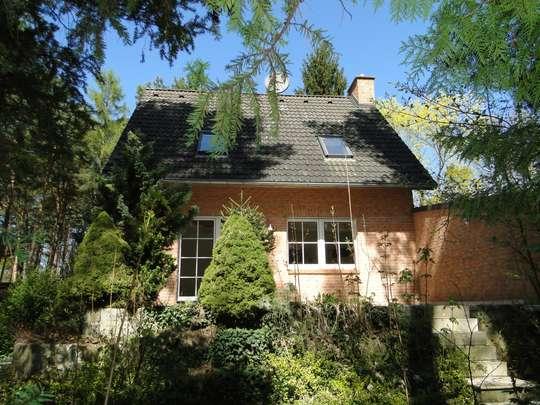 Massives Haus auf großem, bereits geteiltem Waldgrundstück, nahe Krüpelsee in Zernsdorf - Bild 2