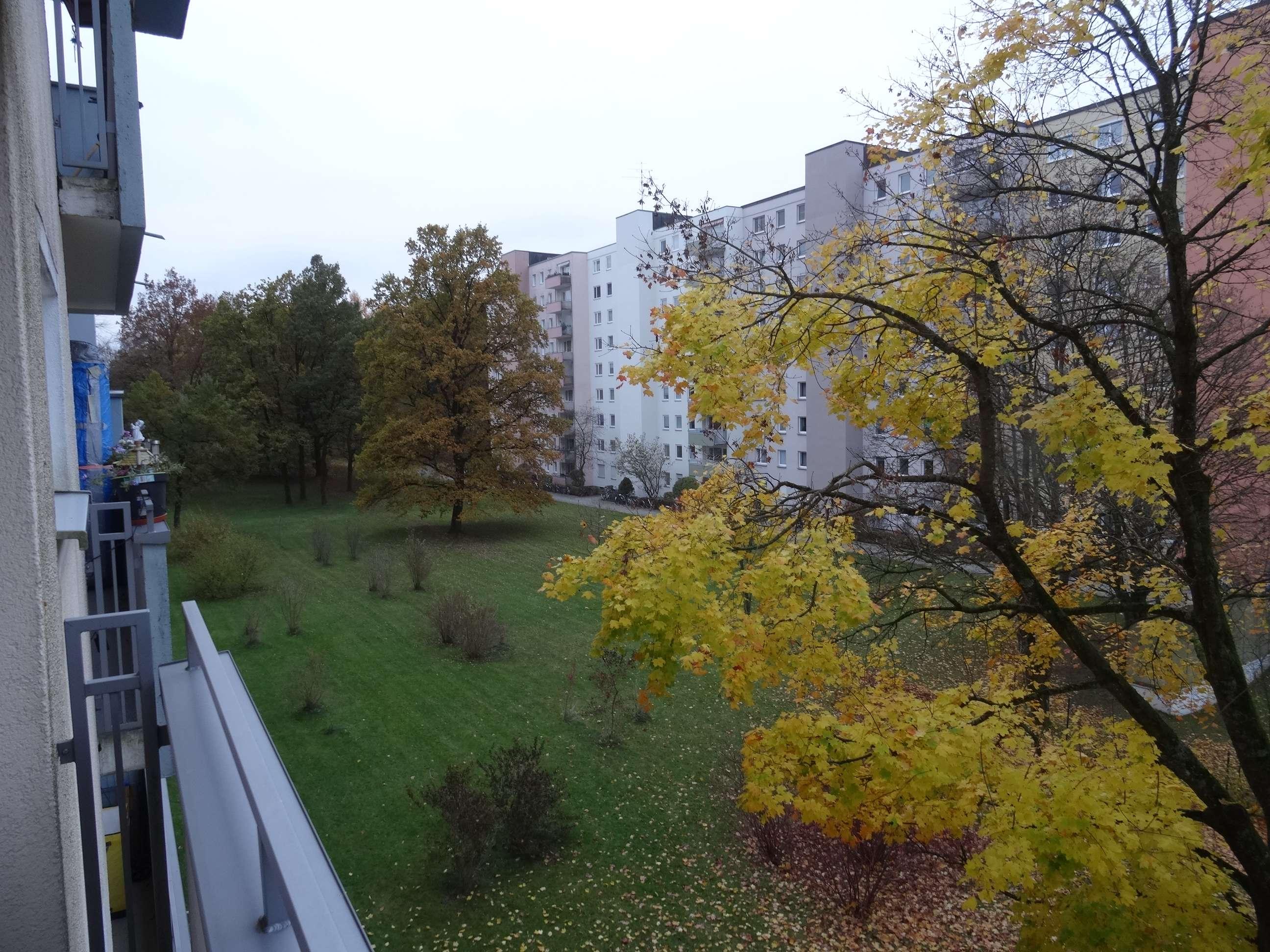 Stilvolle 3-Zimmer-Wohnung mit Balkon und Einbauküche in Fürstenried, München in Fürstenried (München)