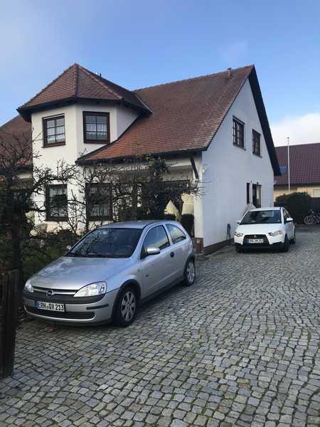 Freundliche 4-Raum-Dachgeschosswohnung mit EBK und Balkon in Herzogenaurach in Herzogenaurach