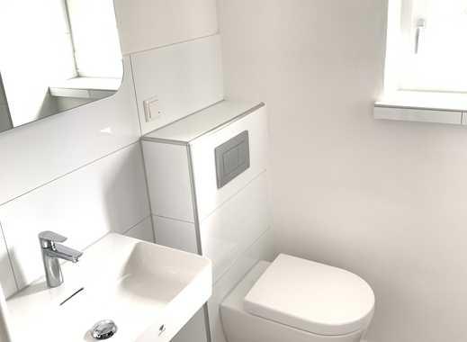 ERSTBEZUG NACH SANIERUNG: Helle 3 R-Wohnung mit Balkon und neuem Design-Bad, schöne ruhige Lage