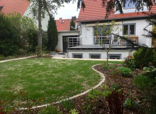 Doppelhaushälfte mit Garten und Garage, Leubnitz, Kernsanierung in 2016