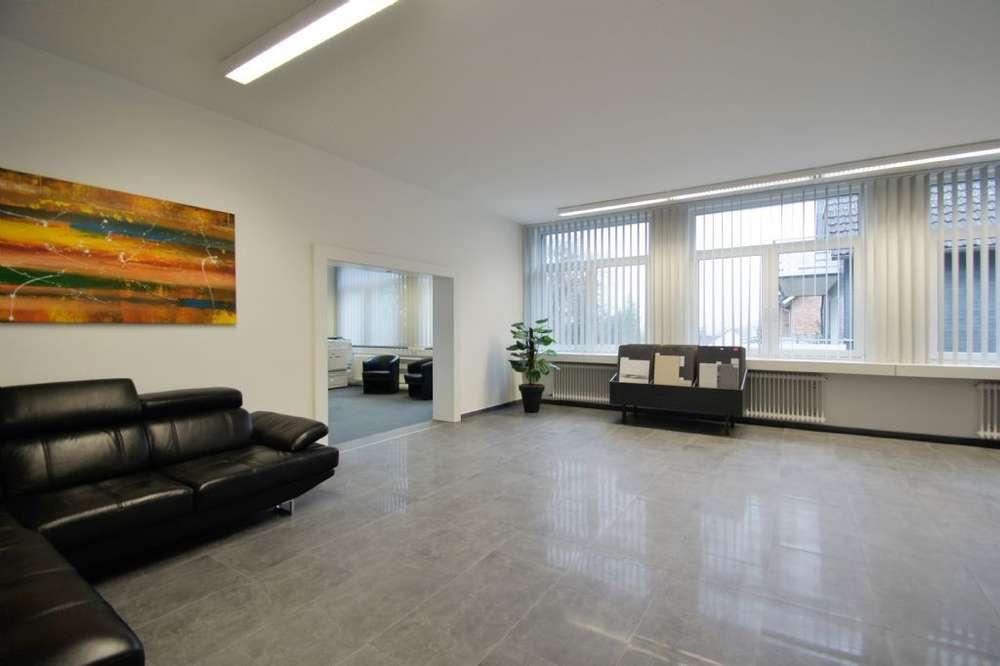 Ausstellungs-, Büro- und Lagerflächen (teilbar)
