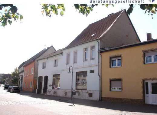 Wohnhaus mit Gewerbe/ Dienstleistungen im Ortszentrum