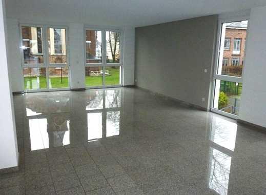 Luxuriöse 4-Zimmer Wohnung mit Terrasse, ruhig und doch zentral in Haan gelegen