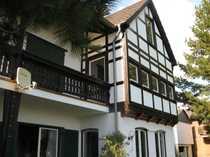 Modernes freistehendes Einfamilien-Fachwerkhaus in Waldrandlage