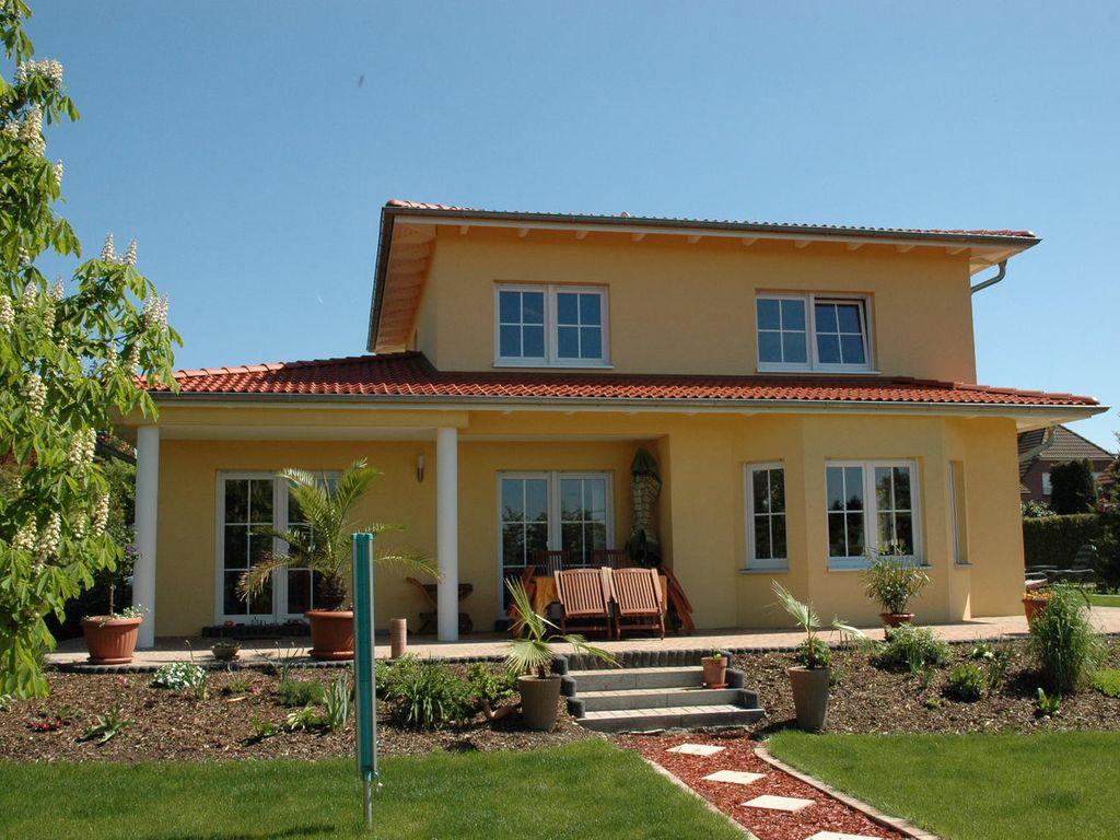 mediterrane villa sevilla kfw 55. Black Bedroom Furniture Sets. Home Design Ideas