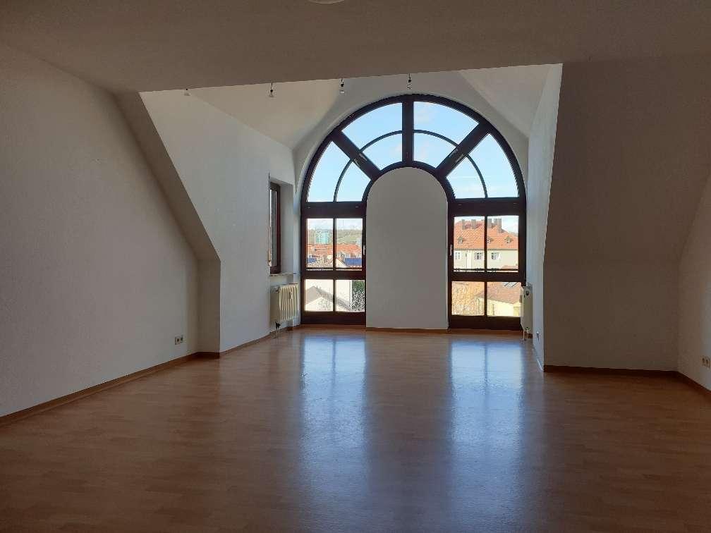 +++Reserviert+++ Ruhige, zentrale 3 Zimmer Maisonettewohnung -ohne Balkon- in