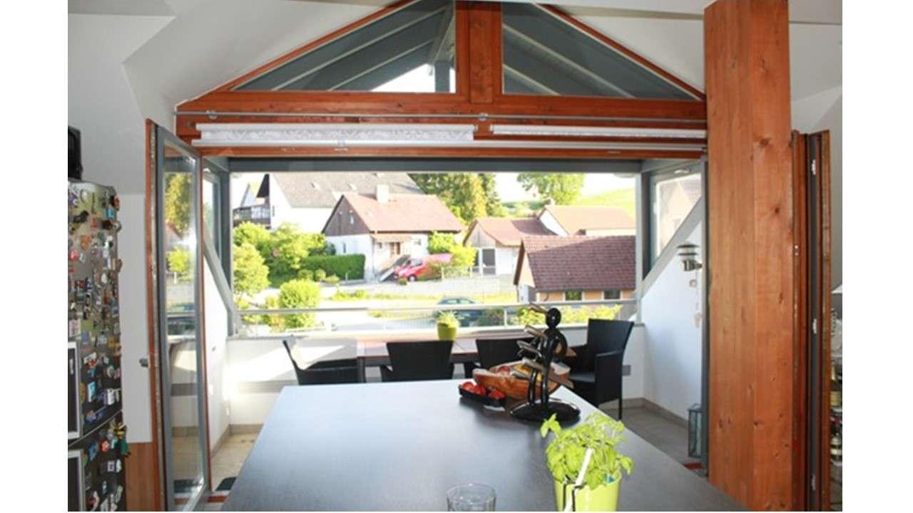 Attraktive, neuwertige 3,5-Zimmer-Loft-Wohnung mit gehobener Innenausstattung in Lappersdorf