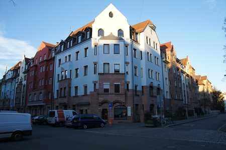 Vollständig renovierte 5-Zimmer-Wohnung mit Balkon und EBK in Nürnberg in Galgenhof (Nürnberg)