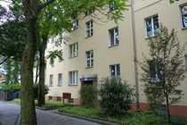Bild Familien aufgepasst+4 Zimmer-Altbau+Balkon+top Verkehrsanbindung