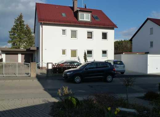 """Sehr schöne 4-Zi.-Whg. in 4-Fam.Haus mit Blick ins """"Grüne"""" in Cadolzburg"""