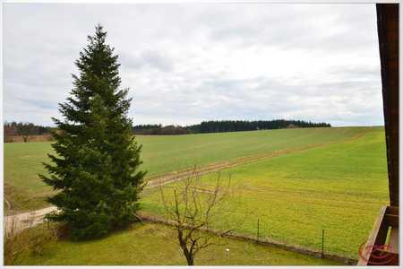 In ruhiger Lage mit viel Wohlfühlfläche ++Robert Decker Immobilien++ in Kumhausen
