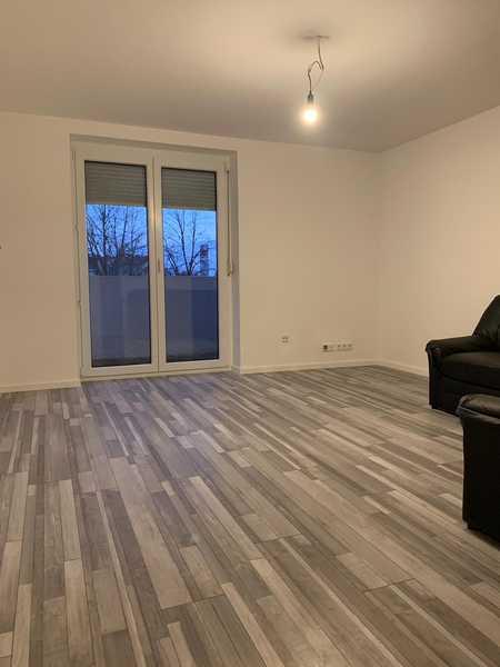 Erstbezug nach Sanierung: freundliche 2-Zimmer-Wohnung mit Balkon in Fürth in Hardhöhe (Fürth)