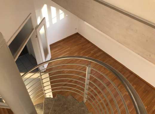 schöne 4 Zimmer Maisonette Wohnung in Köln Sürth