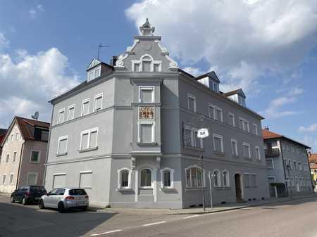 Erstbezug nach Kernsanierung! Neues 1 - Zimmer Apartment im Erdgeschoss in Treuchtlingen
